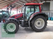 Valtra N103 H3 Tractor